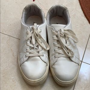 White sneakers Aldo